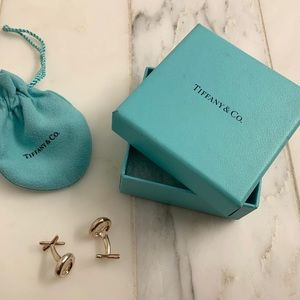 Tiffany & Co. Accessories - Tiffany's Sterling Paloma Picasso XO cufflinks